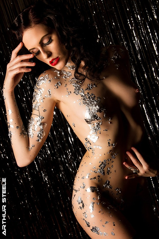 Kimberly in Silver Leaf Artistic Nude Photo by Photographer Arthur_Steele