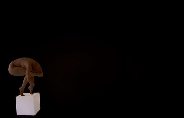 Kubus 1 Artistic Nude Artwork by Photographer Robert Esseboom