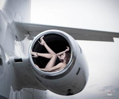 LOVELINE 2 Artistic Nude Photo by Artist GonZaLo Villar