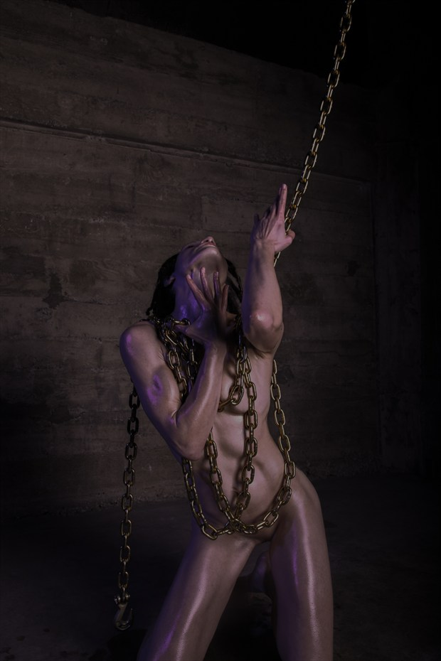 La force et l'%C3%A2me Artistic Nude Photo by Model Syren Lestat