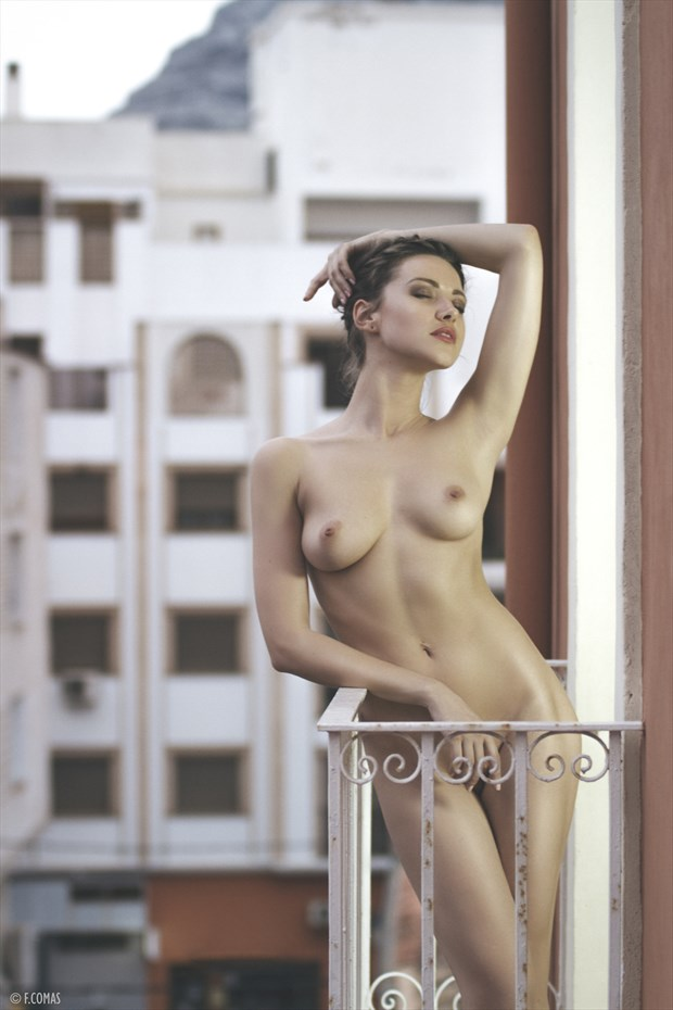 La vie en rose Artistic Nude Photo by Photographer Fidel Comas Photography