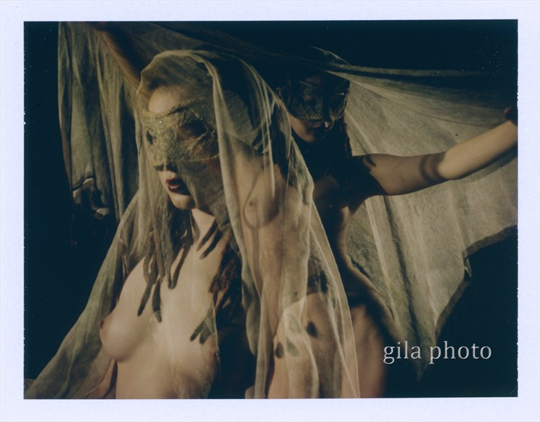 Labyrinth Dancing Artistic Nude Photo by Model Laina V