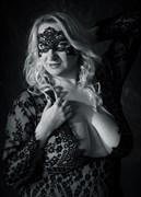 Lace Mask Lingerie Photo by Model Curvy Krista