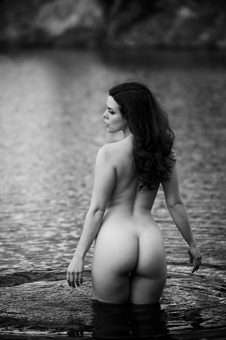 Lady of the lake Artistic Nude Photo by Photographer Sam Dickinson