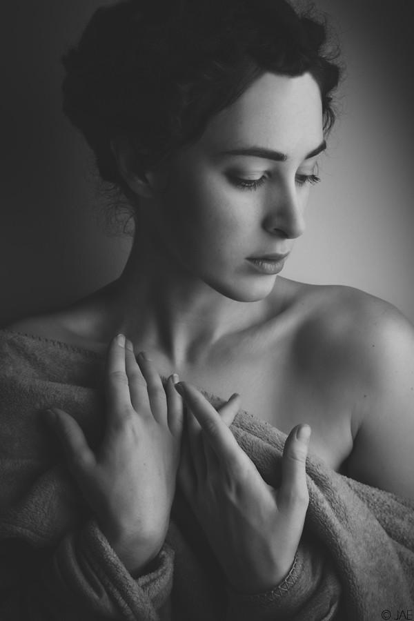 Laina Portrait Photo by Photographer JAE