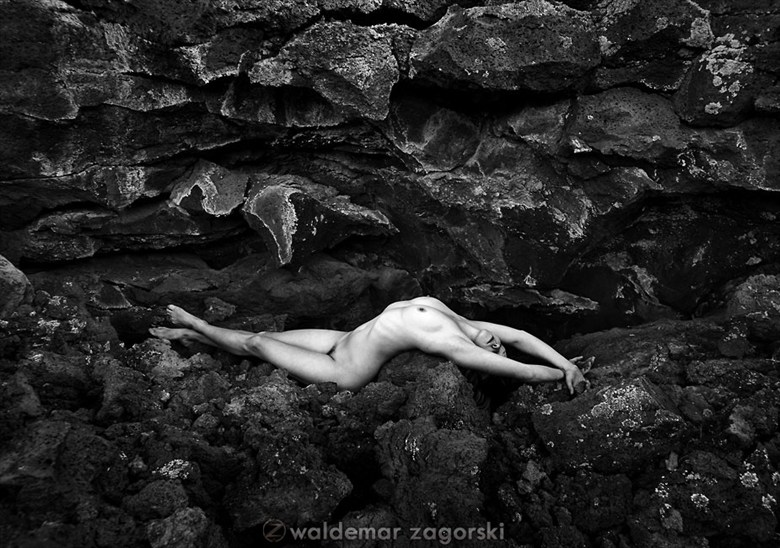Lava Flow Artistic Nude Photo by Model Stilt