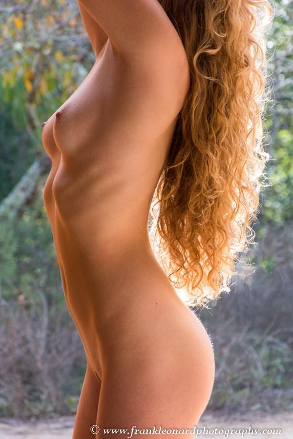 Lea   7999 Artistic Nude Photo by Photographer Frank Leonard