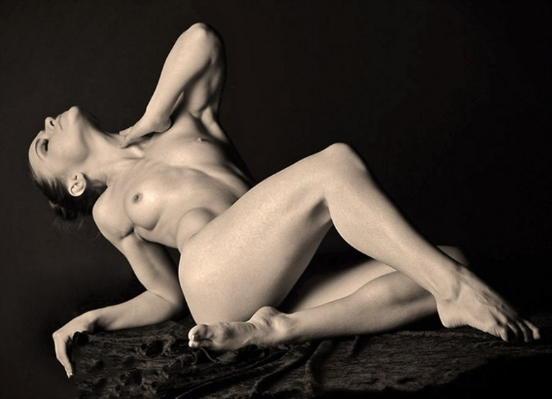 Leah Implied Nude Photo by Photographer Hey Boo Photography