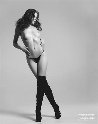 Lean Artistic Nude Photo by Model Shaun Tia