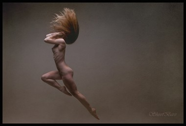 Leap Artistic Nude Photo by Model MaryCeleste