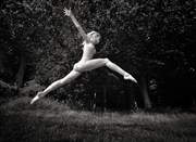 Leaping Artistic Nude Photo by Photographer RayRapkerg