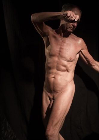 Left twist pose Artistic Nude Photo by Model John Collins El Paso TX