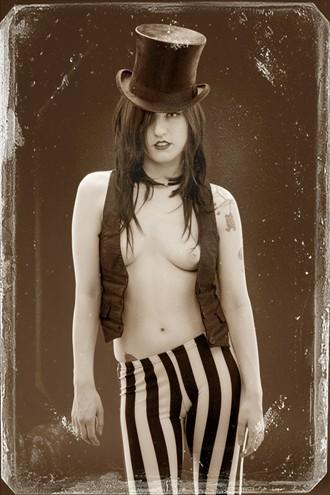 Lex Artistic Nude Photo by Photographer Pat Berrett