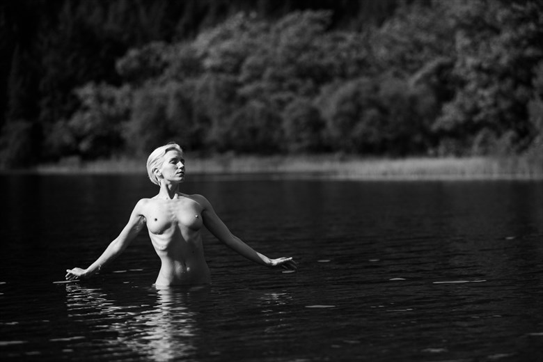 Lilith Etch in Strathard II Artistic Nude Photo by Photographer Oliver Godby