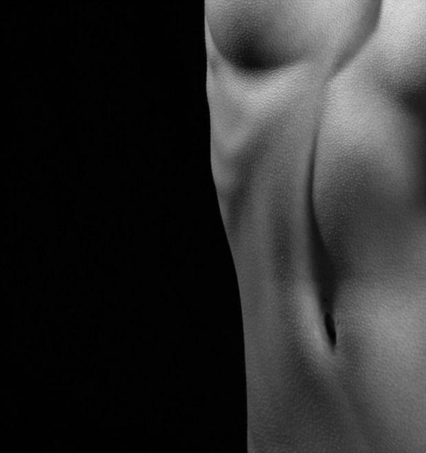 Linea alba Artistic Nude Photo by Model melancholic