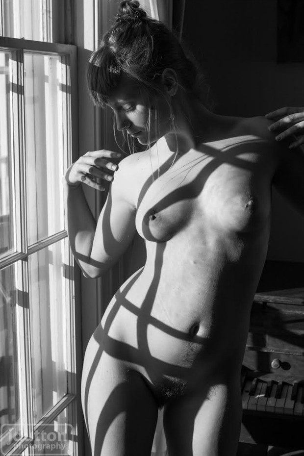 Lines Artistic Nude Photo by Model Vera Juliette