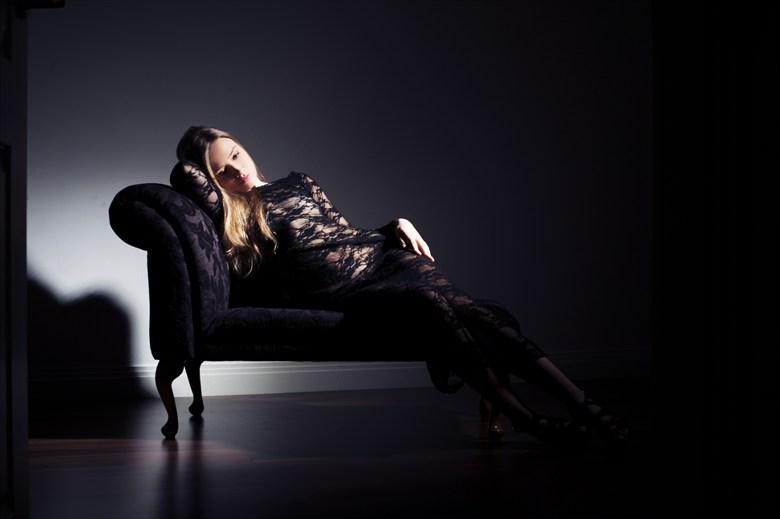 Lingerie Chiaroscuro Photo by Model Elina