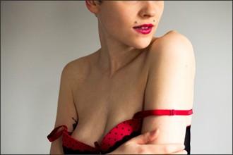 Lingerie Sensual Photo by Model Jennuh Jabberwock
