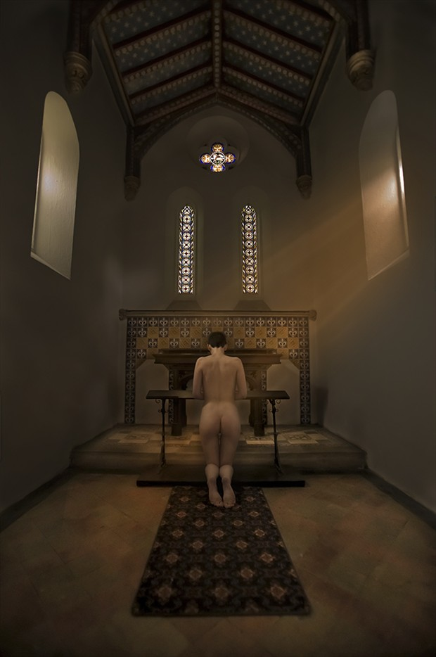 Lisa prays Artistic Nude Photo by Photographer profilepictures
