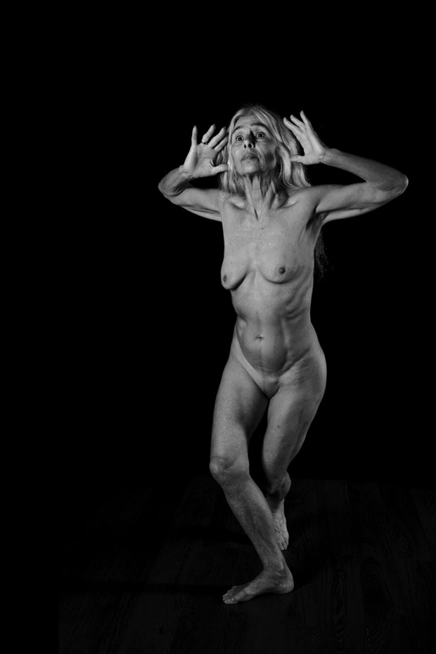 Listening to the stars Artistic Nude Photo by Photographer Jyves