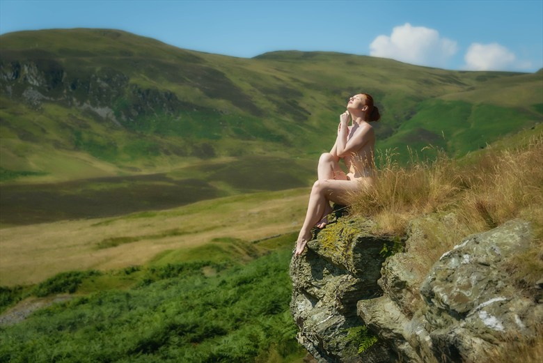 Little Glenshee Artistic Nude Photo by Photographer Rascallyfox