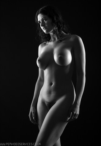 Lizzie   3 Artistic Nude Photo by Photographer Paul Ekert