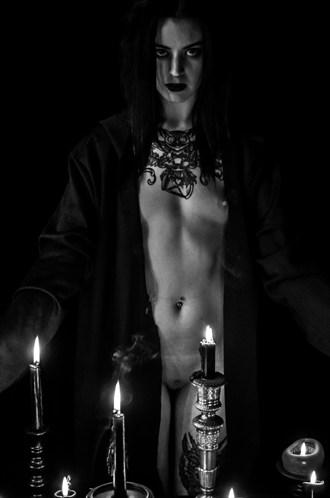 Lizzie Gypsy, April 2014 Artistic Nude Photo by Photographer Erik Truchinski