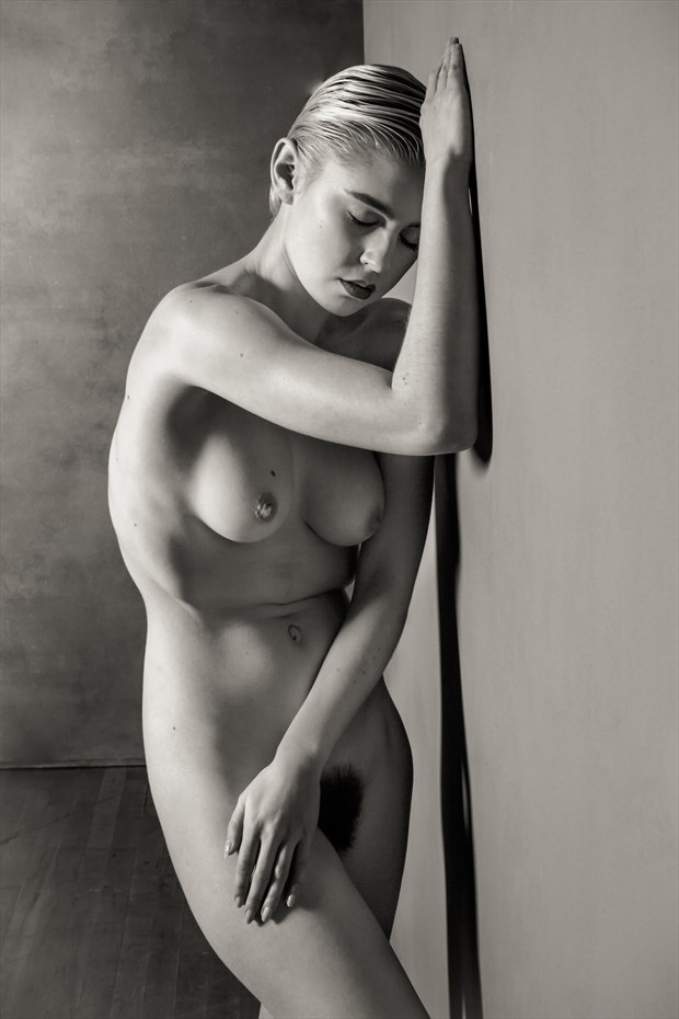 Lo Black Standing Nude Artistic Nude Photo by Photographer Risen Phoenix