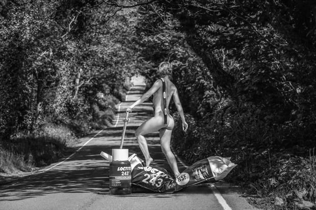 Loctite Avenue Artistic Nude Photo by Photographer MaxOperandi