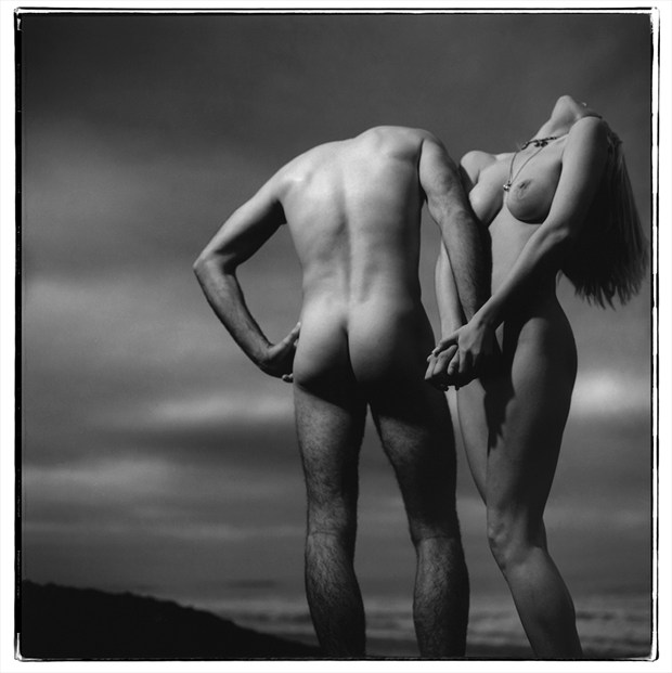 Lost head over heals Artistic Nude Photo by Photographer Thomas Sauerwein
