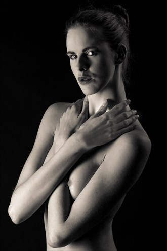 Low key nude 2 Artistic Nude Photo by Photographer Paul Ekert