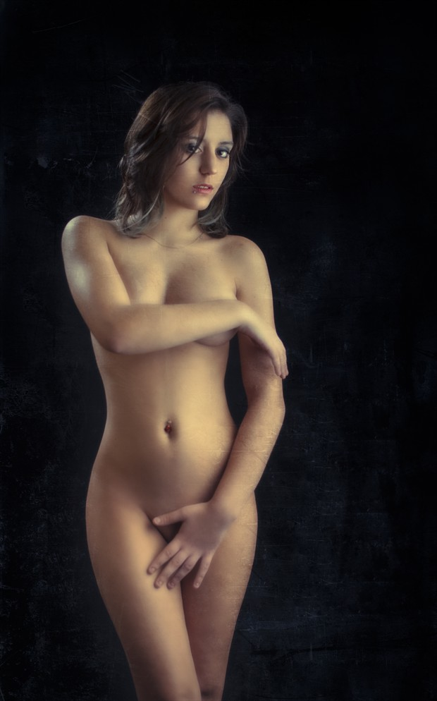 MARION 02 Artistic Nude Photo by Photographer Ron Vargas