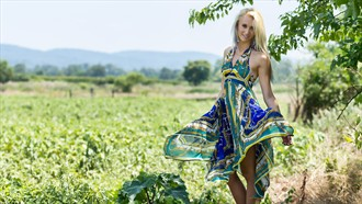 Maris in Field Fashion Photo by Photographer PhotoDr