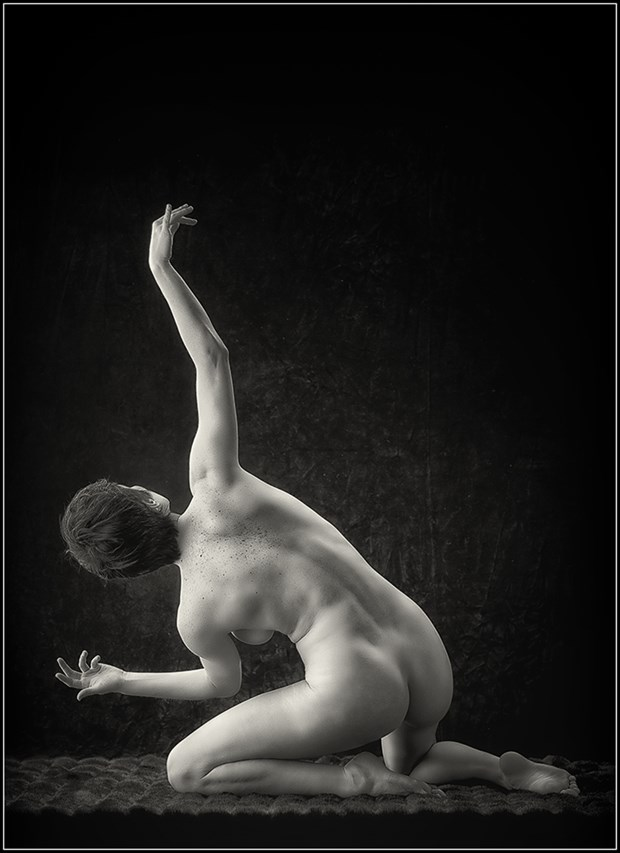 Masha Artistic Nude Photo by Photographer Magicc Imagery