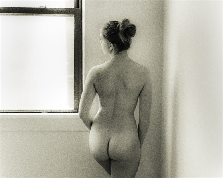 Melissa_Looking Our Artistic Nude Photo by Photographer JRappphotog2012
