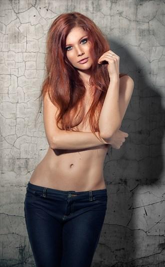 Mia portrait Implied Nude Photo by Photographer Foto Finis (Mischa)