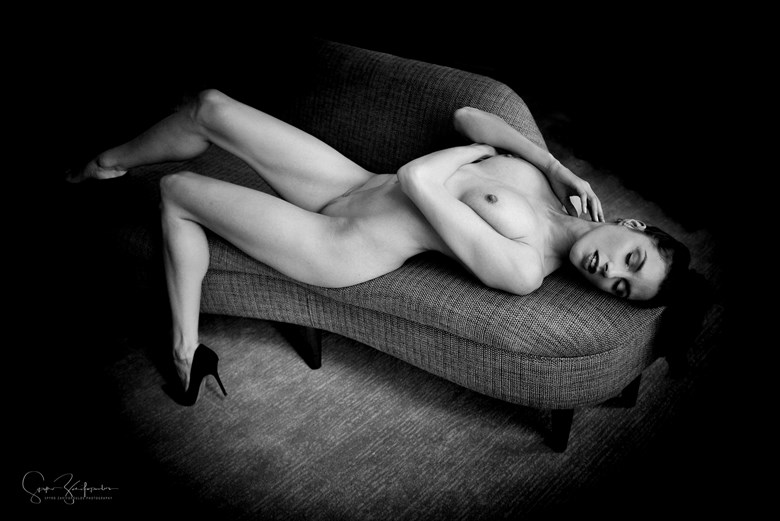Michelle... Artistic Nude Photo by Photographer Spyro Zarifopoulos