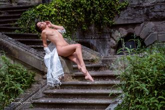 Mischkan on the steps Artistic Nude Photo by Photographer Richard Spurdens