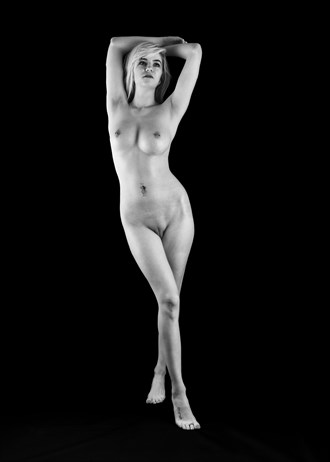 Miss Marie Artistic Nude Photo by Photographer MaoZhu