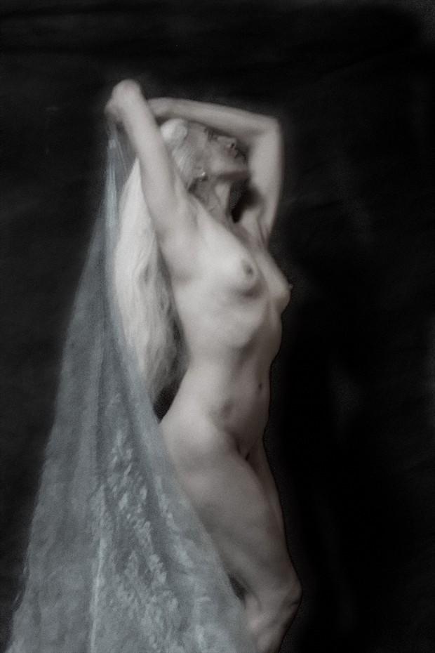 MoonDance Artistic Nude Photo by Photographer Mark Bigelow