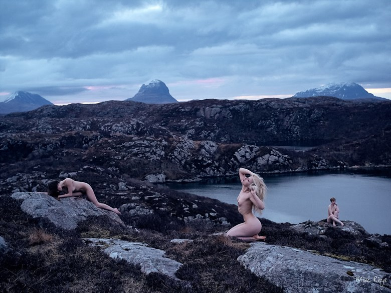 Morning Beauties Artistic Nude Photo by Photographer Mike Rhys