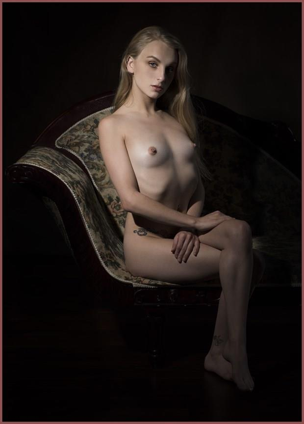 Ms. Bonnie Artistic Nude Photo by Photographer Tommy 2's
