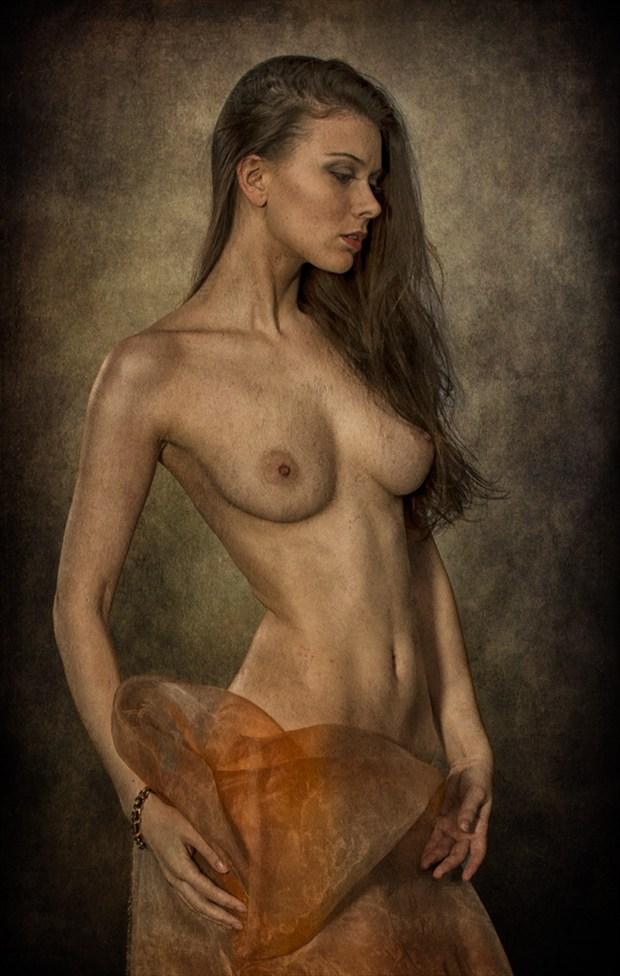 Muirina Artistic Nude Photo by Photographer Tom Gore