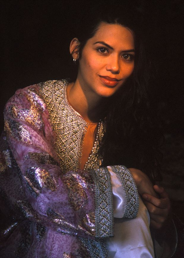 Muneca_Morroco Studio Lighting Photo by Photographer erichamburg
