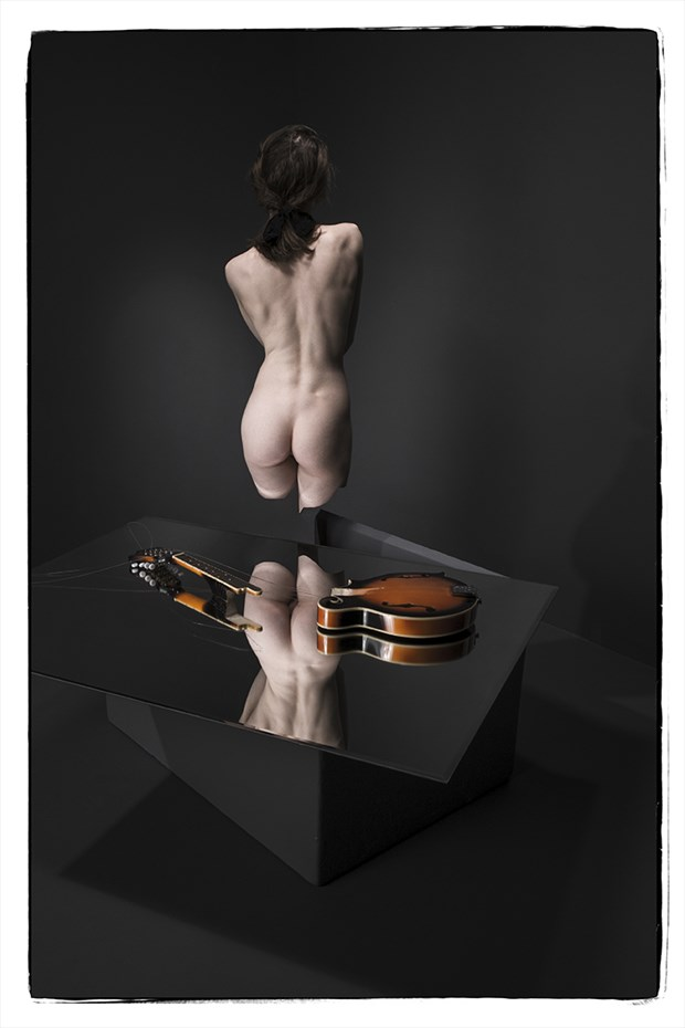 Musical Chairs Artistic Nude Photo by Photographer Thomas Sauerwein