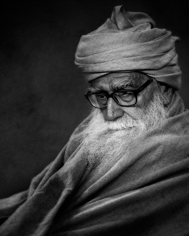 Muslim Scholar Maulana Khan Studio Lighting Photo by Photographer Vincent Isner