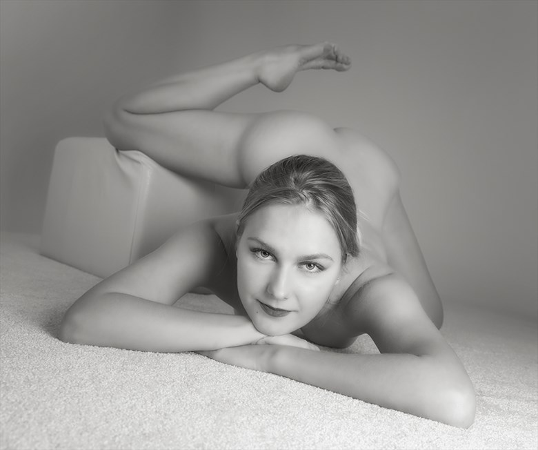 Nadia Ruslanova Artistic Nude Photo by Photographer Samuel E Burns
