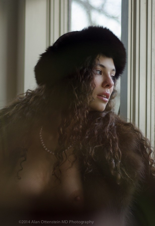 Nadine, Window light Artistic Nude Photo by Photographer AOPhotography