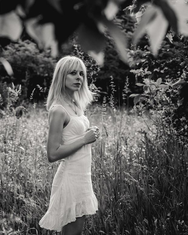 Natural Light Expressive Portrait Photo by Model Vivien