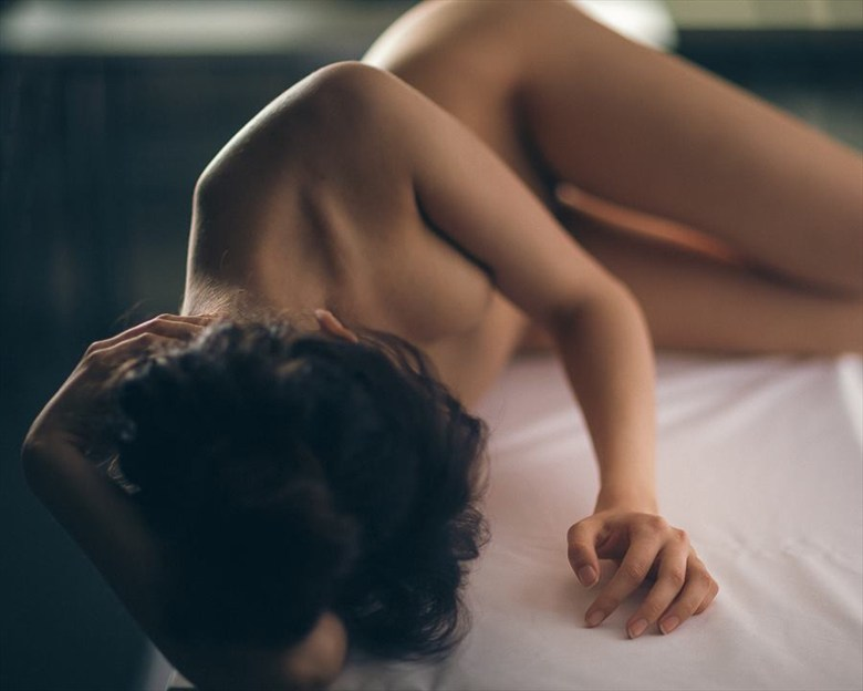 Natural light Artistic Nude Artwork by Model Mia Liberum